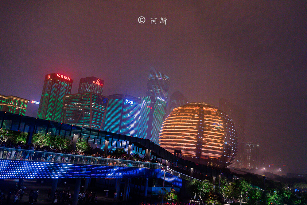 杭州錢江新城燈光秀-12