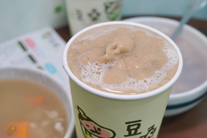 DSC01619 - 熱血採訪|豆桑綠豆湯|台中綠豆湯推薦,每天現煮現熬,品質講究,夏天清涼消暑剛剛好,綠豆湯激推,懶人來杯綠豆冰沙阿~(已歇業)