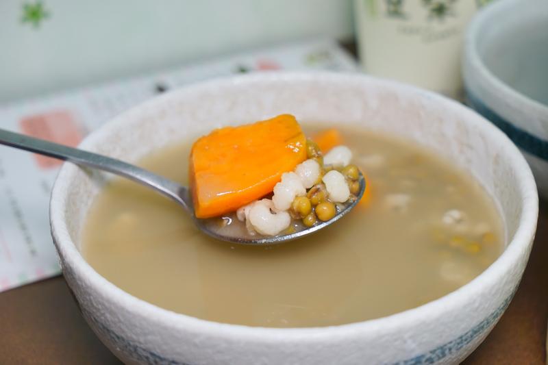 DSC01660 - 熱血採訪|豆桑綠豆湯|台中綠豆湯推薦,每天現煮現熬,品質講究,夏天清涼消暑剛剛好,綠豆湯激推,懶人來杯綠豆冰沙阿~(已歇業)