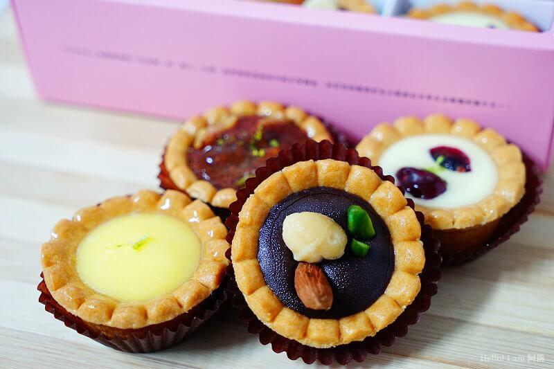 DSC01123 - 熱血採訪│卷卷蛋糕,宅配美食來囉!直擊卷卷蛋糕製作外,更有戚風蛋糕、Kinfolk綜合塔禮盒、艾黛許珍寶禮盒及季節限定:草莓塔~~
