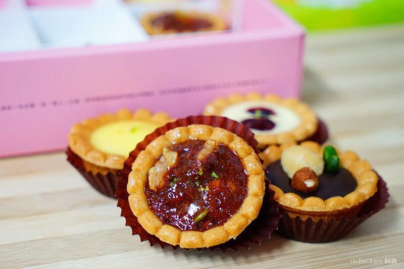 DSC01127 - 熱血採訪│卷卷蛋糕,宅配美食來囉!直擊卷卷蛋糕製作外,更有戚風蛋糕、Kinfolk綜合塔禮盒、艾黛許珍寶禮盒及季節限定:草莓塔~~