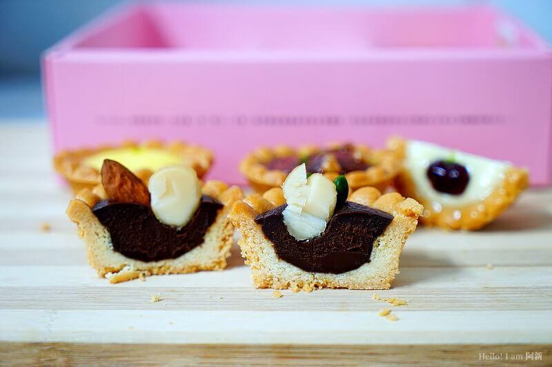 DSC01147 - 熱血採訪│卷卷蛋糕,宅配美食來囉!直擊卷卷蛋糕製作外,更有戚風蛋糕、Kinfolk綜合塔禮盒、艾黛許珍寶禮盒及季節限定:草莓塔~~