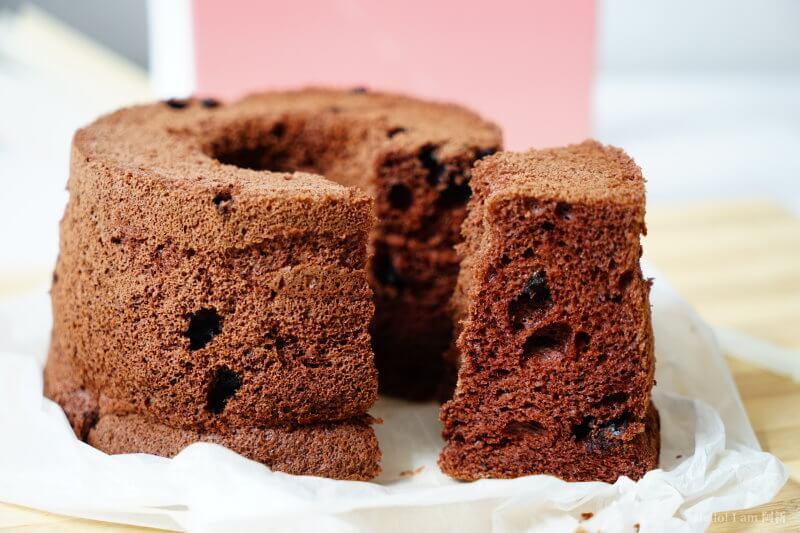 DSC01204 - 熱血採訪│卷卷蛋糕,宅配美食來囉!直擊卷卷蛋糕製作外,更有戚風蛋糕、Kinfolk綜合塔禮盒、艾黛許珍寶禮盒及季節限定:草莓塔~~