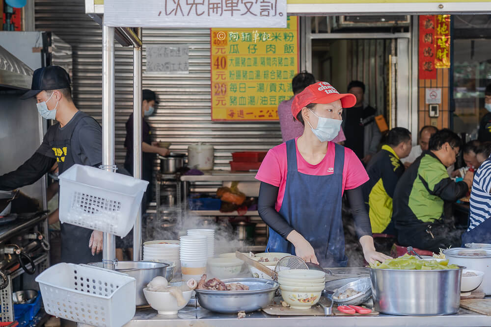 DSC06567 - 阿成炒麵|大里人氣早餐排隊好狂,一開店就一堆人,炒麵很厲害啊~