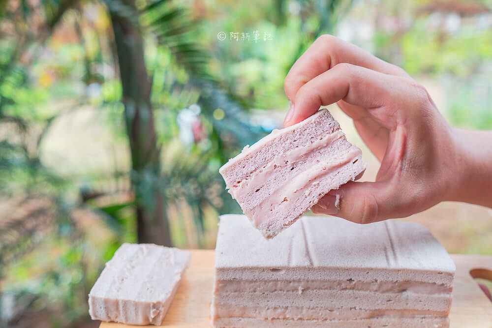DSC07907 - 東格蛋糕製造所│隱藏忠孝路低調蛋糕店,竟然有賣古早味蛋糕!但我更推薦芋頭蛋糕~
