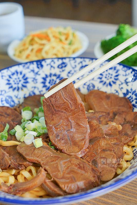 DSC09691 - 熱血採訪|老阿太麵館,科博館美食,老饕牛肉麵讓你牛肉、牛腩、牛筋、牛肚吃爽爽