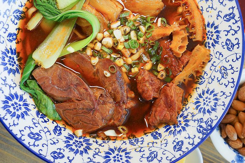 DSC09701 - 熱血採訪|老阿太麵館,科博館美食,老饕牛肉麵讓你牛肉、牛腩、牛筋、牛肚吃爽爽