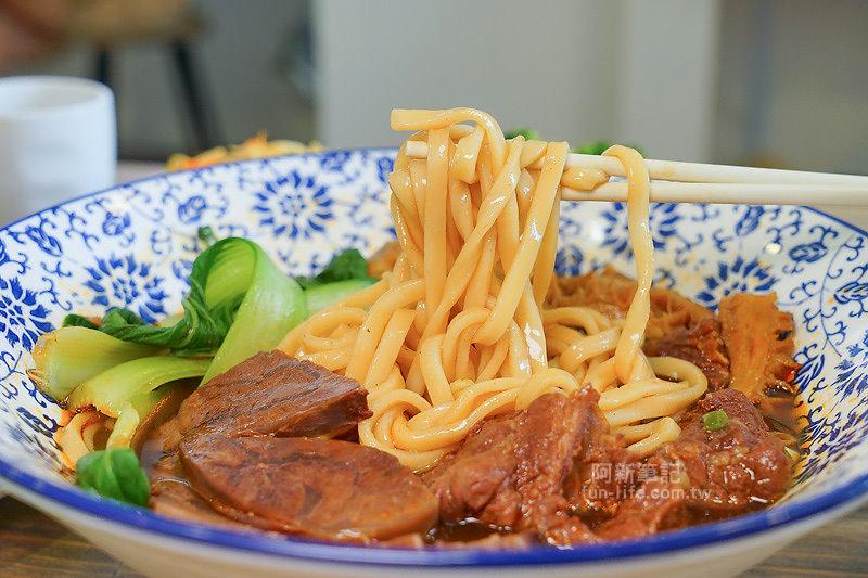 DSC09775 - 熱血採訪|老阿太麵館,科博館美食,老饕牛肉麵讓你牛肉、牛腩、牛筋、牛肚吃爽爽