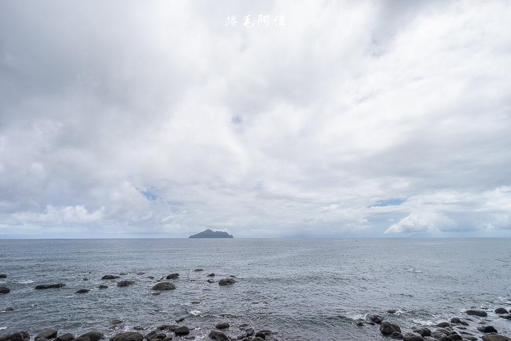 北關海潮公園 |宜蘭旅遊東北角景點,必去北關海潮公園,無敵海景視野,沿著步道登上頂點,奇石海岸線境收眼底! 2