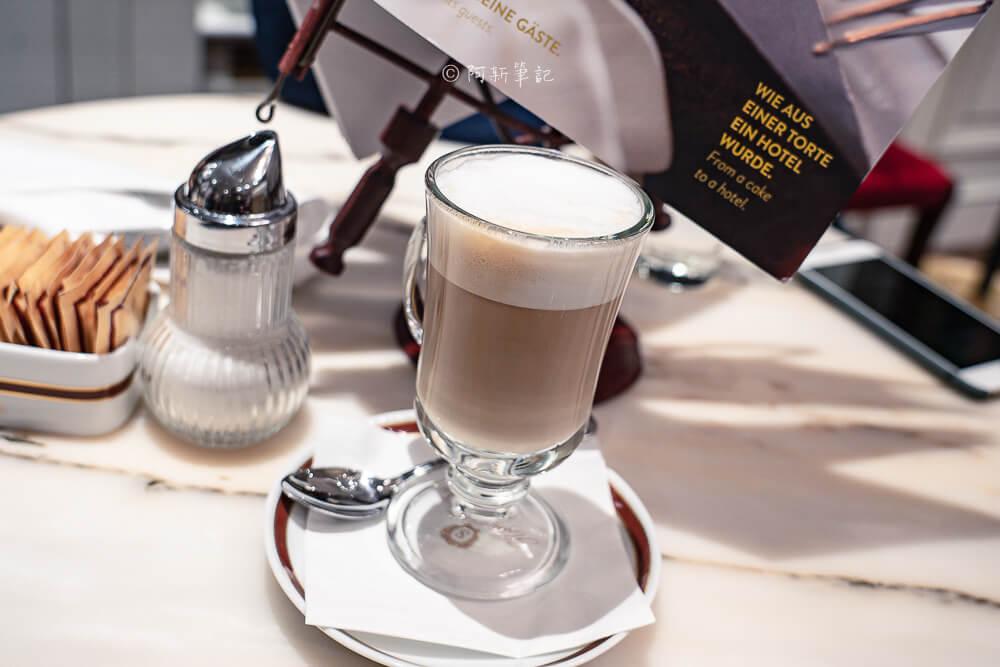 cafe sacher salzburg,cafe sacher,薩爾斯堡 Cafe Sacher,Sacher Torte,薩赫蛋糕,沙河蛋糕,薩赫咖啡,薩爾斯堡咖啡館,薩爾斯堡下午茶,薩爾斯堡甜點,薩爾斯堡美食