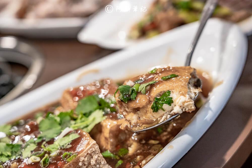 阿傑台式料理,阿傑牛肉爐,阿傑薑母鴨,阿傑烤雞,霸皇紅蟳薑母鴨,三八鷄,嘉義第一烤雞,嘉義薑母鴨,嘉義聚餐,嘉義美食,嘉義牛肉鍋,嘉義餐廳