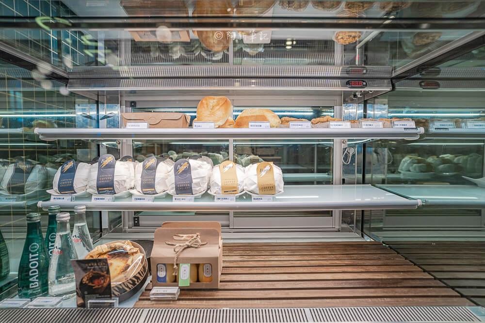 DSC09885 - 卡啡那大墩店|寬敞空間、舒適環境,這間台中咖啡館人潮實在有夠誇張的多,假日一位難求...