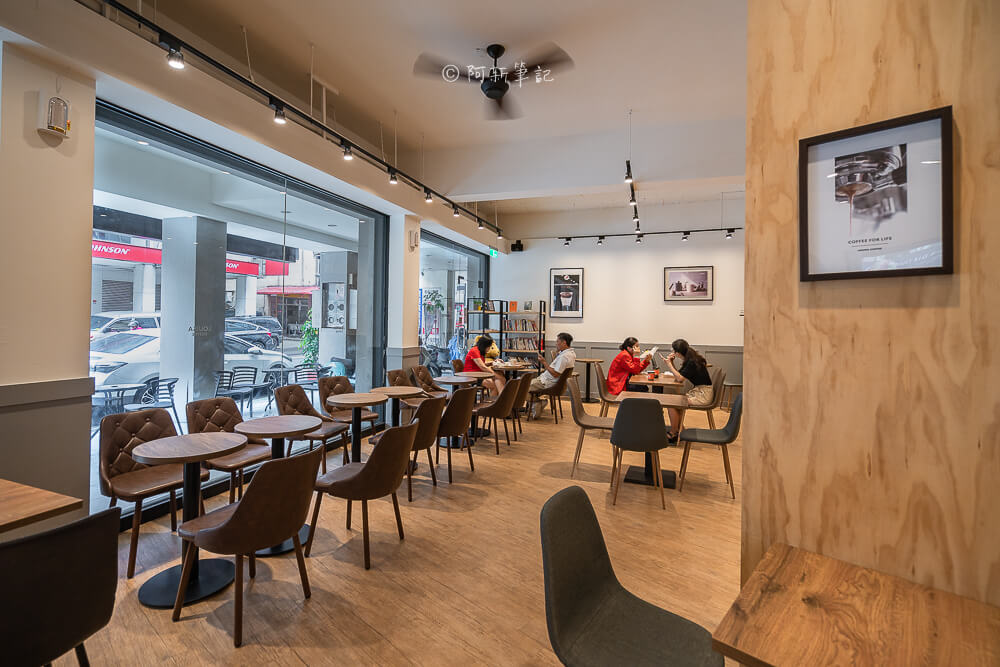 DSC03532 - 熱血採訪│路易莎咖啡西屯文心旗艦店,寬敞空間兼具商務中心!咖啡好喝、餐點也平易近人