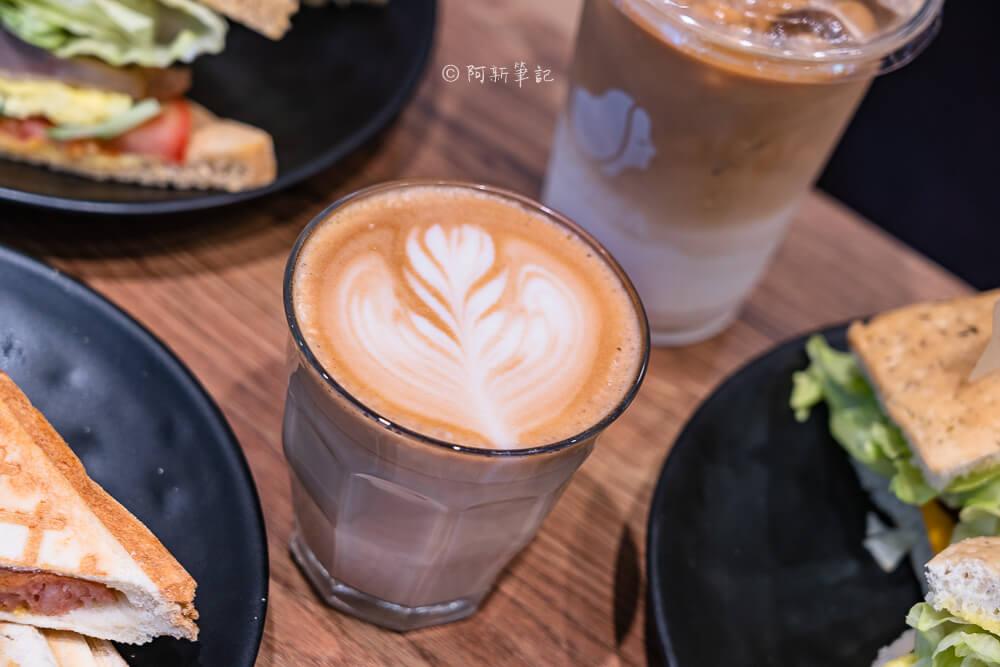 DSC03671 - 熱血採訪│路易莎咖啡西屯文心旗艦店,寬敞空間兼具商務中心!咖啡好喝、餐點也平易近人