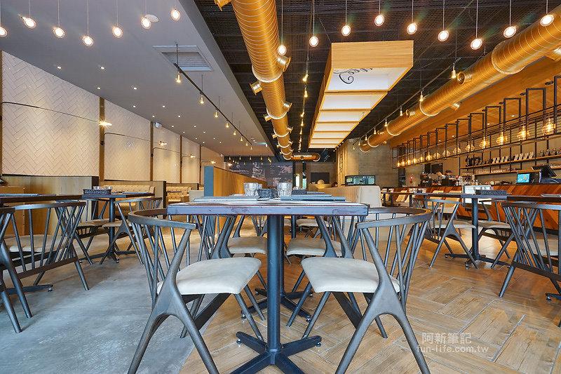 黑浮咖啡台中公益店-16