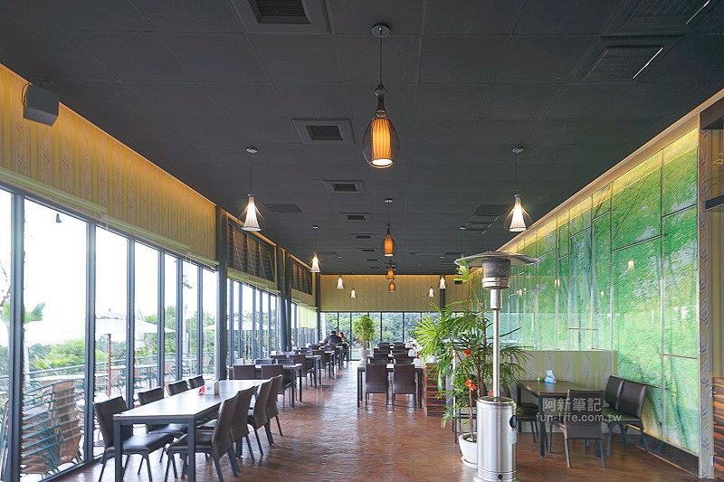 DSC03538 - 【熱血採訪】望景咖啡|台中夜景咖啡館,從夕陽看到夜景,室內、戶外座位多又寬廣,餐點多又豐富,推薦情侶、聯誼活動阿~