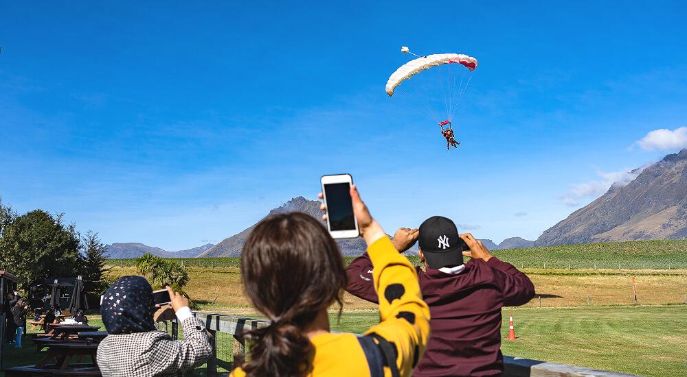 紐西蘭跳傘 必玩!一生一定要體驗一次紐西蘭高空跳傘,不玩真的白活~