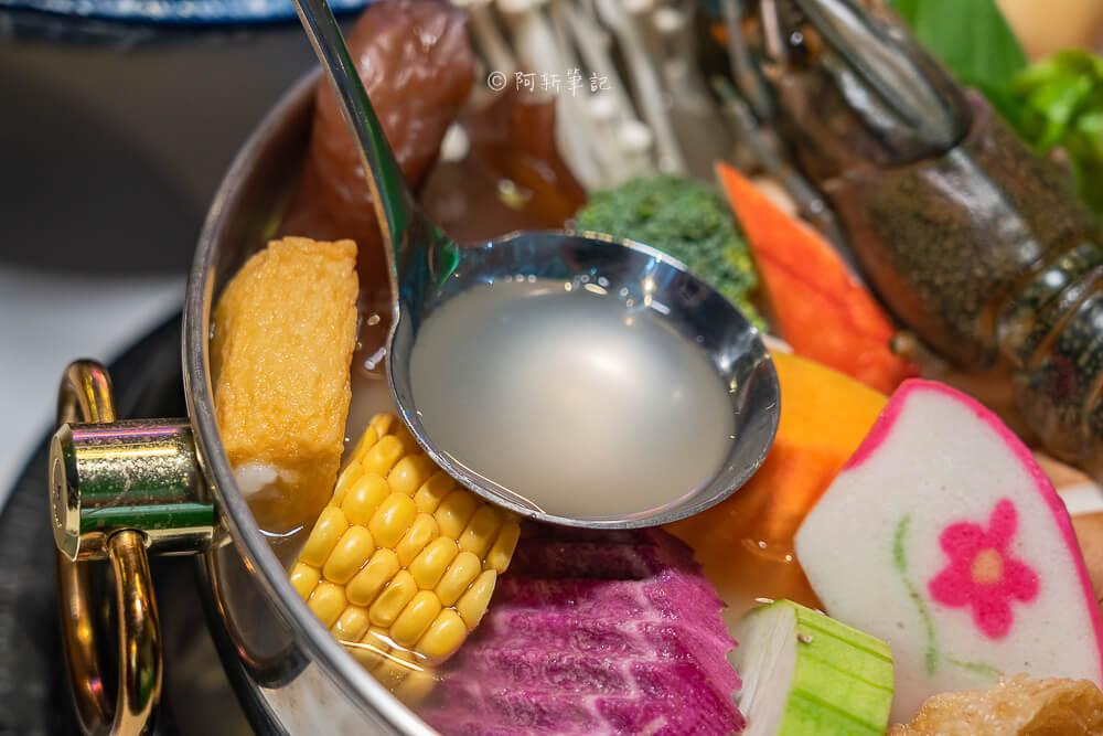 DSC02091 - 熱血採訪│港動吃鍋進軍老虎城,舊式復古香港味飄台中,第一次在茶餐廳吃鍋物,這裡太好拍