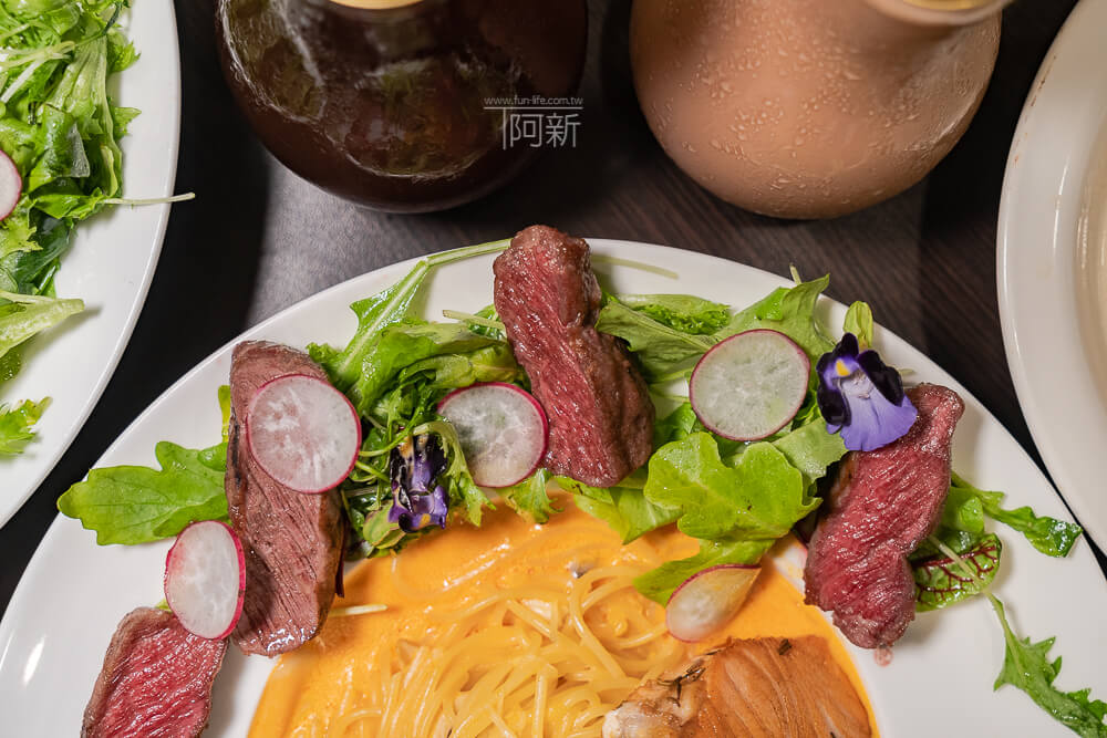 DSC09323 - 熱血採訪│台中科博館餐高沐手作料理餐廳新菜單來啦!鮭魚、菲力牛一次雙重奏,美味又滿足