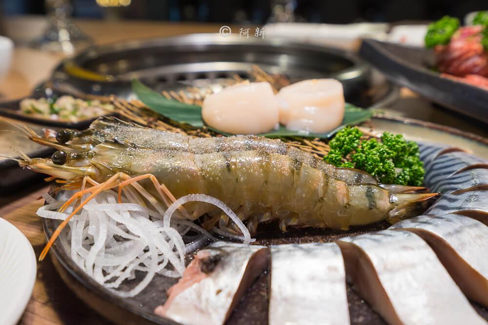 DSC04014 - 熱血採訪│雲火日式燒肉,整個牛肉盤份量好驚人啊!冒著白煙就很華麗,好適合約會慶祝!