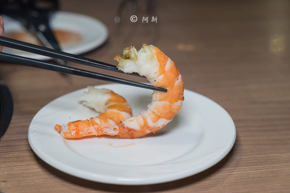 DSC04265 - 熱血採訪│雲火日式燒肉,整個牛肉盤份量好驚人啊!冒著白煙就很華麗,好適合約會慶祝!