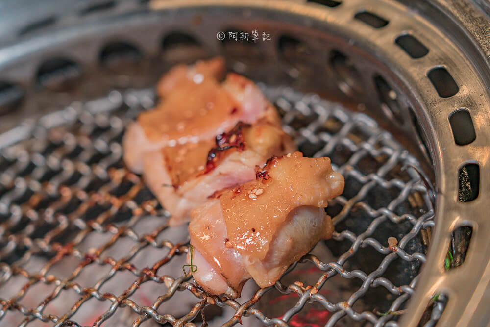DSC00718 - 熱血採訪│台中摩天輪燒肉就在龍門馬場洞燒肉,2月底前點雙人套餐送一份美國安格板腱