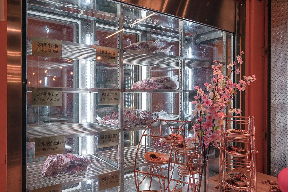 DSC00731 - 熱血採訪│台中摩天輪燒肉就在龍門馬場洞燒肉,2月底前點雙人套餐送一份美國安格板腱