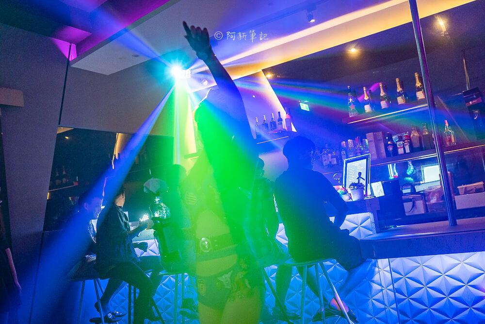 DSC02178 - 熱血採訪│夜晚沒有極限!台中浮誇調酒摩天輪也太High~就在Queen皇后酒吧