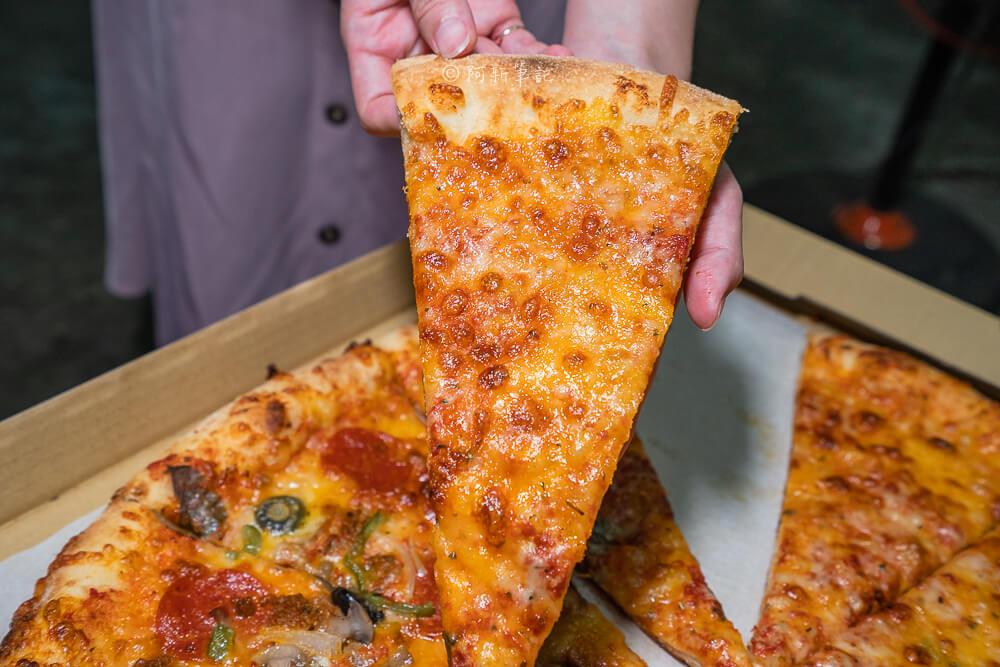 DSC05831 - 洛基披薩|隱藏勤益大學旁的20吋大披薩,外國老闆堅持做這麼大!