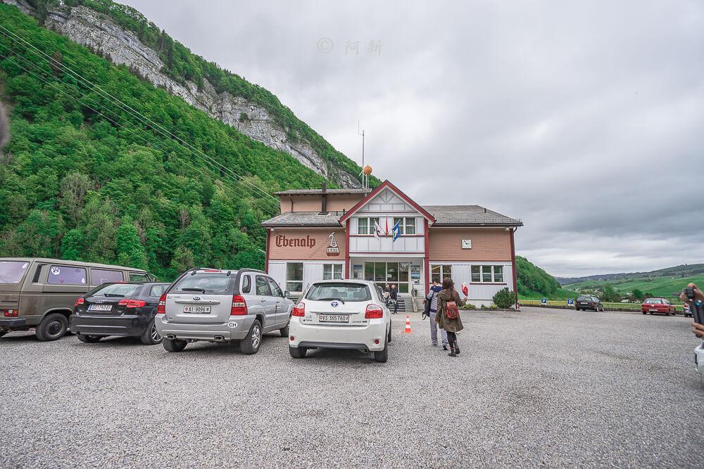 Berggasthaus Aescher,瑞士懸崖餐廳Berggasthaus Aescher Wildkirchli,瑞士懸崖餐廳,Berggasthaus Aescher Wildkirchli,瑞士山崖餐廳-08
