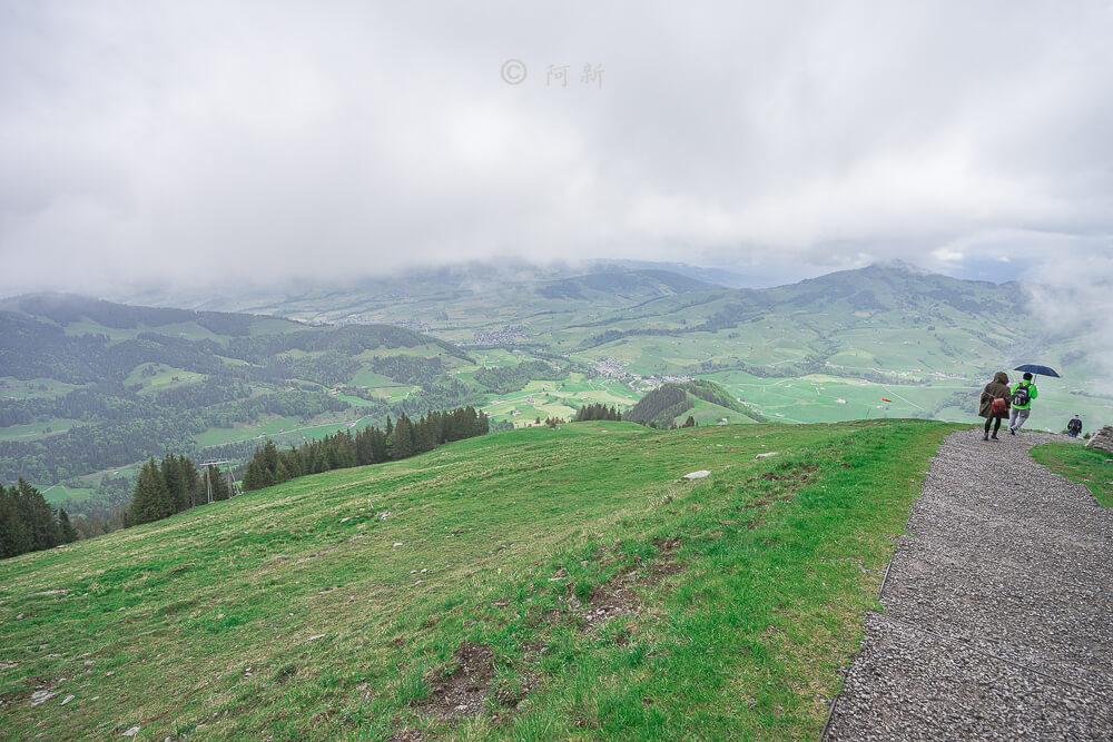 Berggasthaus Aescher,瑞士懸崖餐廳Berggasthaus Aescher Wildkirchli,瑞士懸崖餐廳,Berggasthaus Aescher Wildkirchli,瑞士山崖餐廳-17