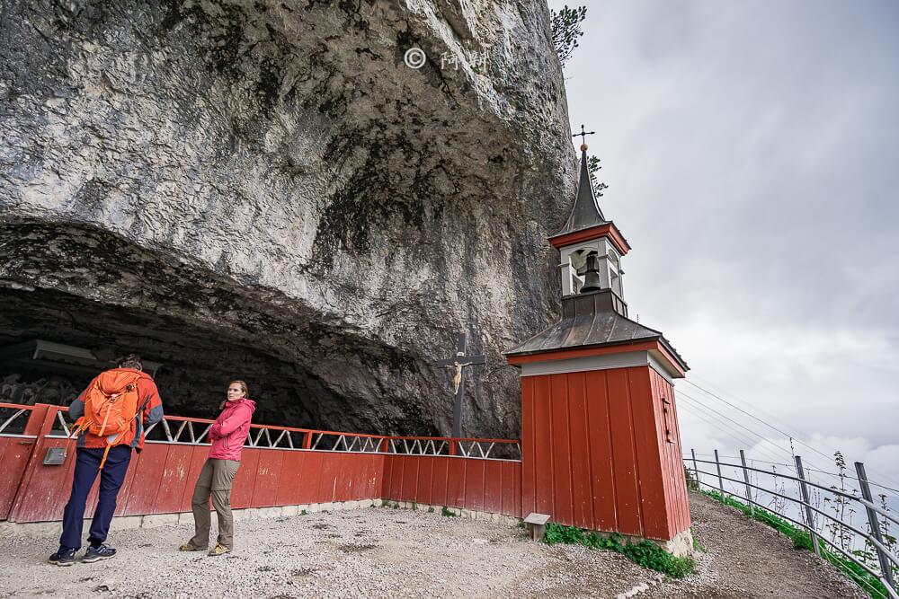 Berggasthaus Aescher,瑞士懸崖餐廳Berggasthaus Aescher Wildkirchli,瑞士懸崖餐廳,Berggasthaus Aescher Wildkirchli,瑞士山崖餐廳-30