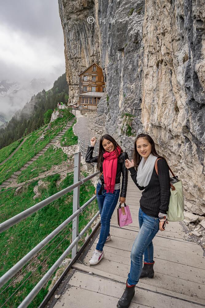 Berggasthaus Aescher,瑞士懸崖餐廳Berggasthaus Aescher Wildkirchli,瑞士懸崖餐廳,Berggasthaus Aescher Wildkirchli,瑞士山崖餐廳-36