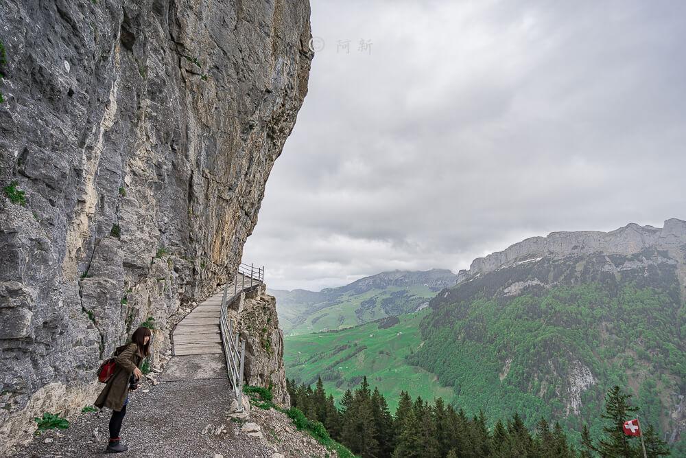 Berggasthaus Aescher,瑞士懸崖餐廳Berggasthaus Aescher Wildkirchli,瑞士懸崖餐廳,Berggasthaus Aescher Wildkirchli,瑞士山崖餐廳-67