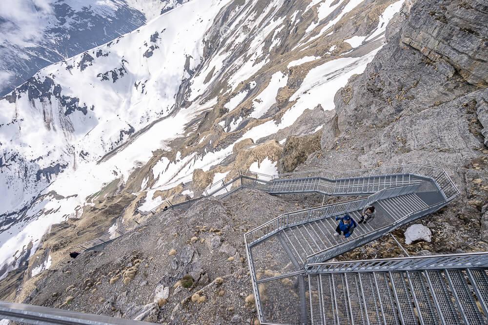 雪朗峰,schilthorn,雪朗峰天空步道,schilthorn纜車,雪朗峰天氣,schilthorn price,雪朗峰票價,雪朗峰纜車時刻表,schilthorn weather,雪朗峰schilthorn交通,瑞士雪朗峰天氣,瑞士自由行,瑞士旅遊-59
