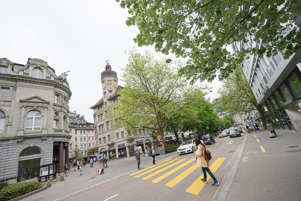 瑞士聖加侖,聖加侖,聖加侖景點,聖加侖舊城區,瑞士聖加侖景點,聖加侖紅色廣場,瑞士旅遊-04