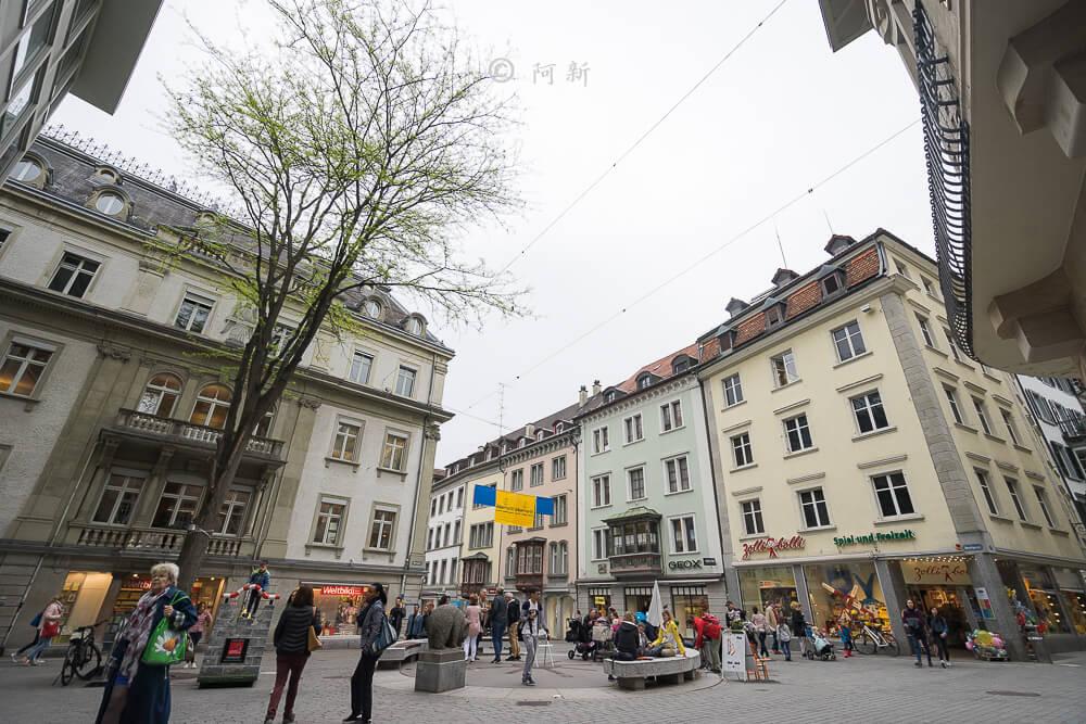 瑞士聖加侖,聖加侖,聖加侖景點,聖加侖舊城區,瑞士聖加侖景點,聖加侖紅色廣場,瑞士旅遊-11