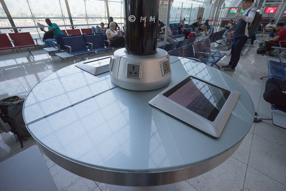 阿聯酋航空.阿聯酋航空體驗,阿聯酋航空評價.阿聯酋航空經濟艙,搭機體驗-22