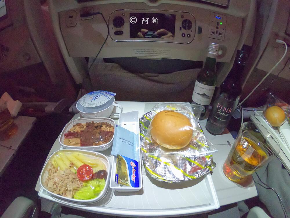 阿聯酋航空.阿聯酋航空體驗,阿聯酋航空評價.阿聯酋航空經濟艙,搭機體驗-61
