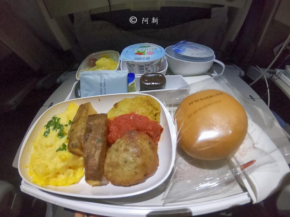 阿聯酋航空.阿聯酋航空體驗,阿聯酋航空評價.阿聯酋航空經濟艙,搭機體驗-63