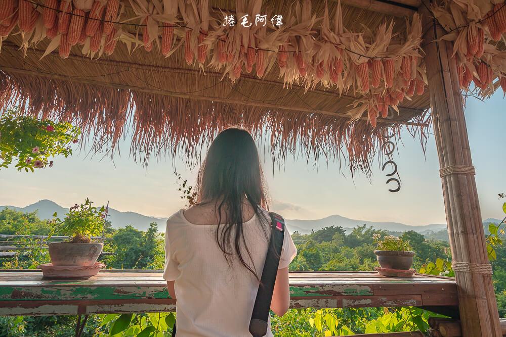 芳香蠟燭園小山城,芳香蠟燭園山城,芳香蠟燭園,Baan Hom Tien,泰國旅遊,曼谷一日遊,叻丕府一日遊,拉差汶里一日遊,拉差汶里景點,叻丕府景點