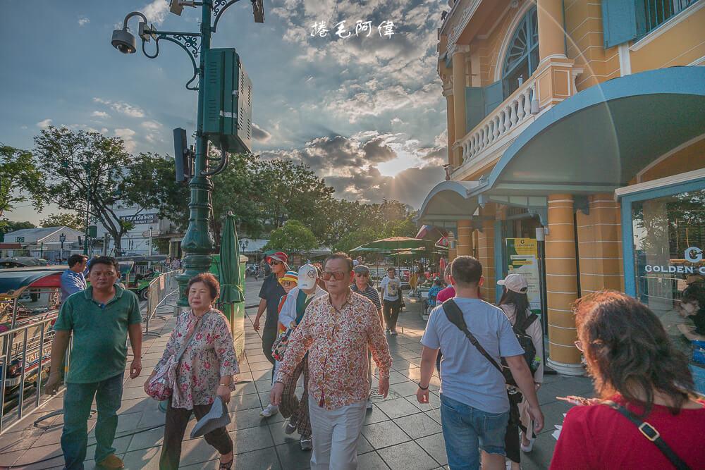 瑪哈拉碼頭文青市集,Tha Maharaj,曼谷碼頭市集,泰國曼谷自由行,曼谷必去,曼谷必逛,泰國曼谷市集,曼谷必去市集,昭披耶河景點,大皇宮周邊景點, 曼谷N31碼頭,昭披耶河市集,曼谷景點